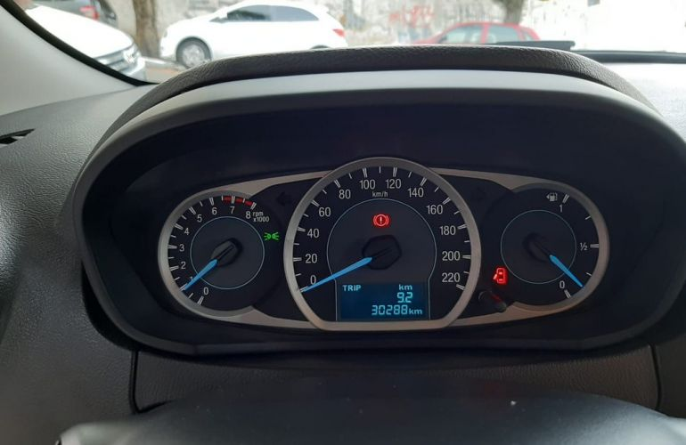 Ford Ka + 1.5 Sigma Se - Foto #7