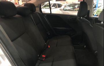 Honda City 1.5 DX 16v - Foto #7