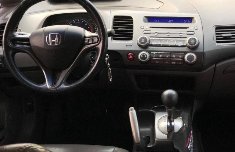 Honda Civic 1.8 LXS 16v - Foto #4