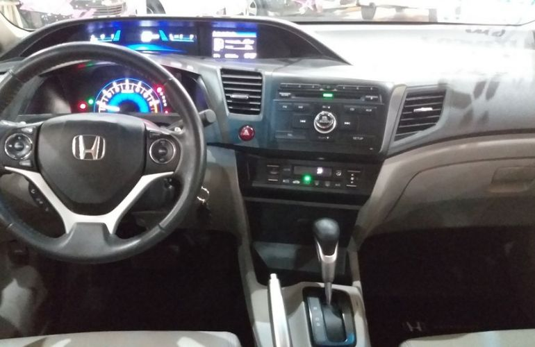 Honda Civic 2.0 LXR 16v - Foto #4