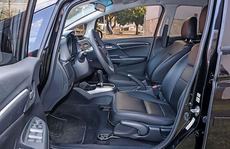 Honda Fit 1.5 LX 16v - Foto #4