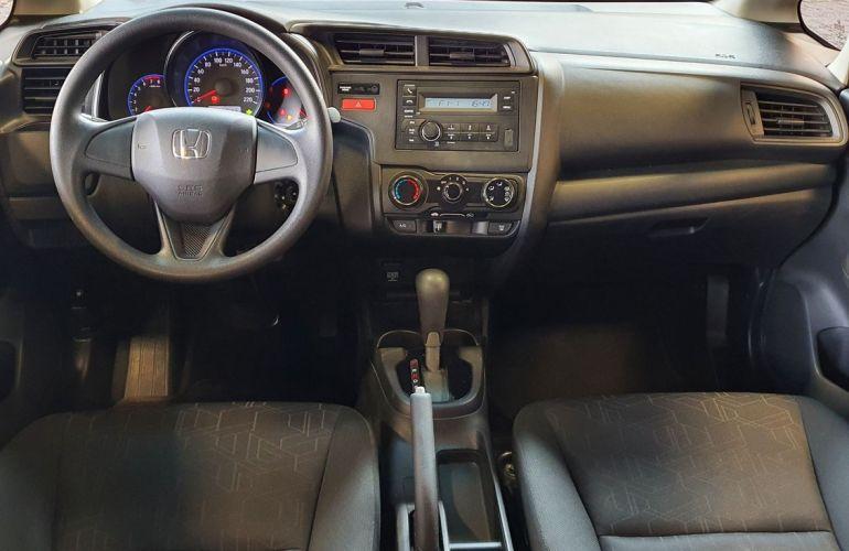 Honda Fit 1.5 DX 16v - Foto #5