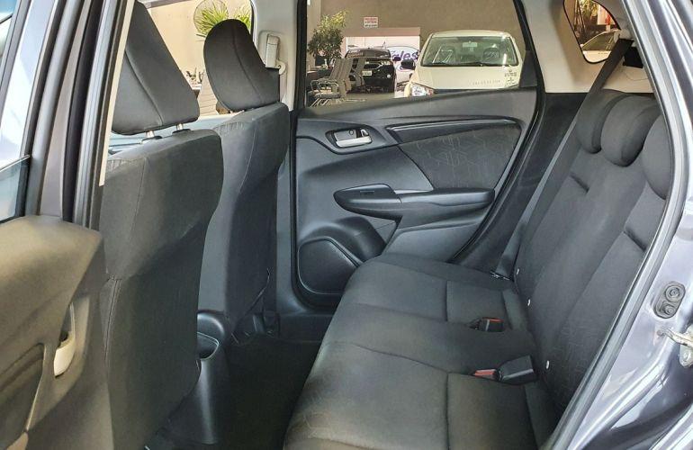 Honda Fit 1.5 DX 16v - Foto #8