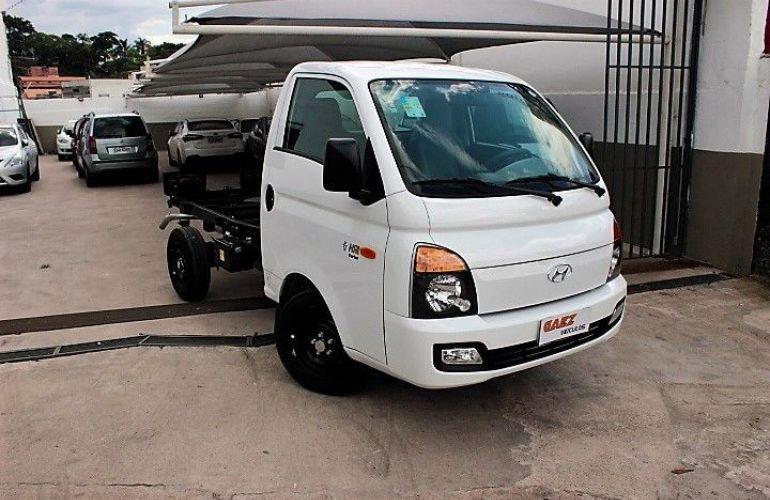 Hyundai Hr 2.5 Longo sem Caçamba 4x2 16V 130cv Turbo Intercooler - Foto #1
