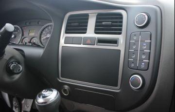 Hyundai Hr 2.5 Longo sem Caçamba 4x2 16V 130cv Turbo Intercooler - Foto #10