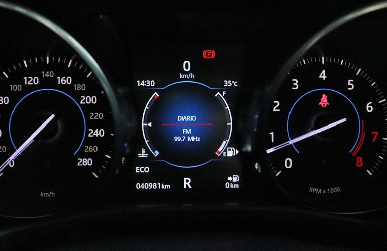 Jaguar Xe 2.0 16V Si4 Turbo R-sport - Foto #5