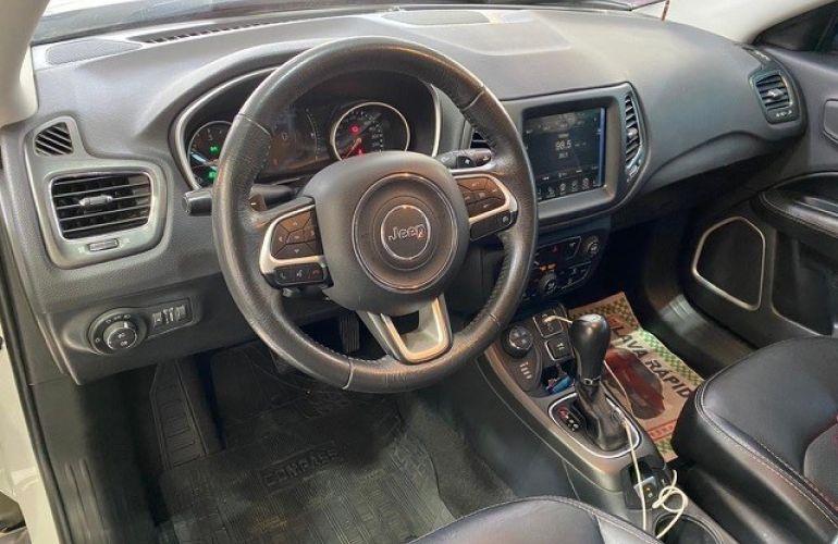 Jeep Compass 2.0 16V Longitude 4x4 - Foto #4