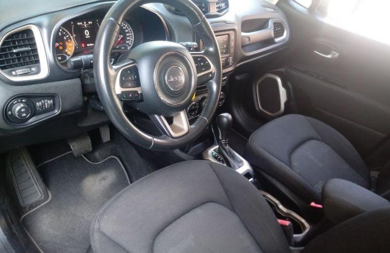Jeep Renegade 1.8 16V Longitude - Foto #6