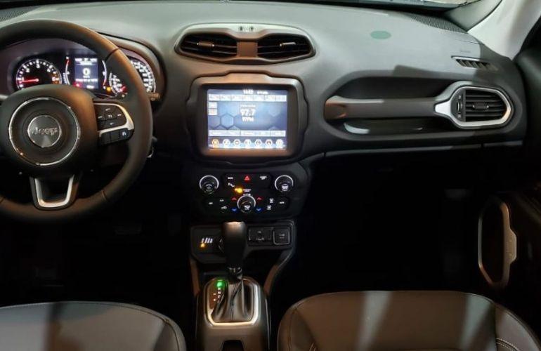 Jeep Renegade 2.0 16V Turbo Longitude 4x4 - Foto #4