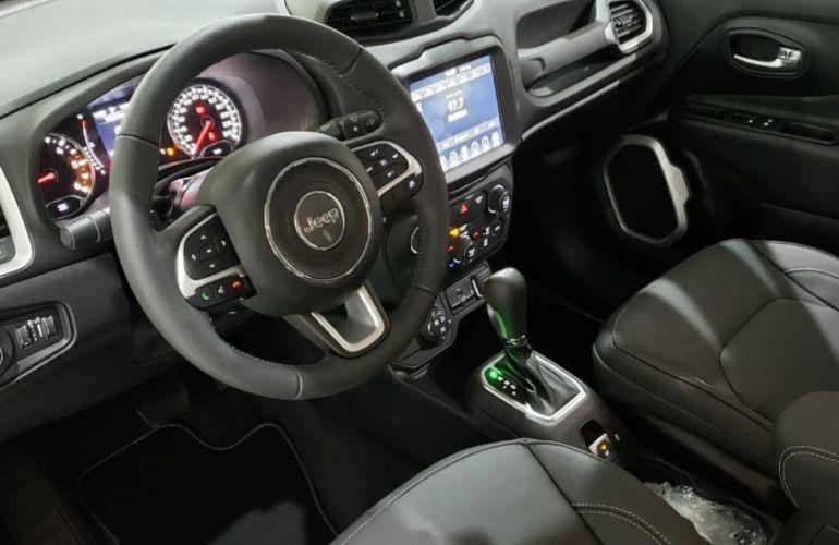 Jeep Renegade 2.0 16V Turbo Longitude 4x4 - Foto #8