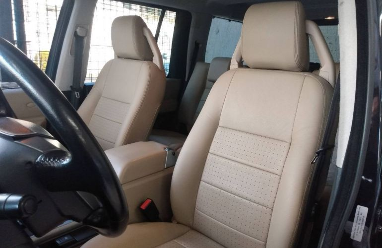 Land Rover Discovery 3 4.0 S 4x4 V6 24v - Foto #3