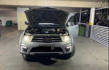 Mitsubishi Pajero 3.5 Hpe 4x4 7 Lugares V6 24v - Foto #5