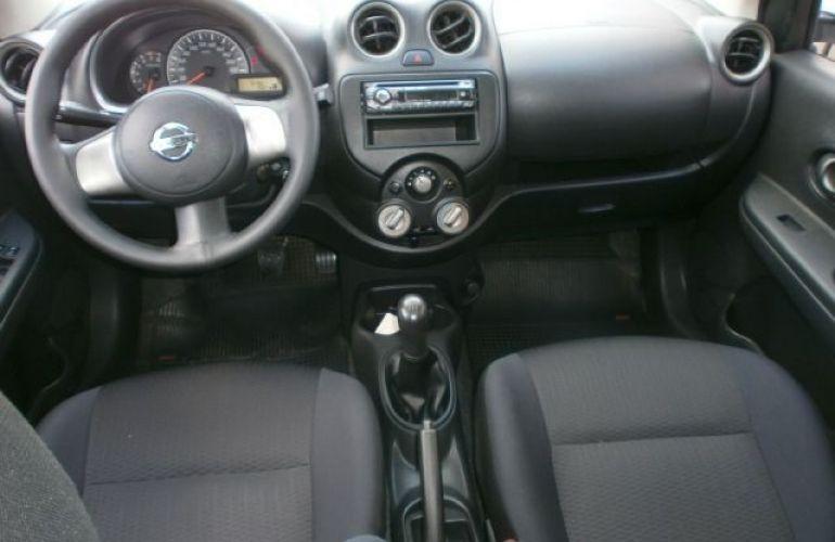 Nissan March 1.0 S 16v - Foto #8