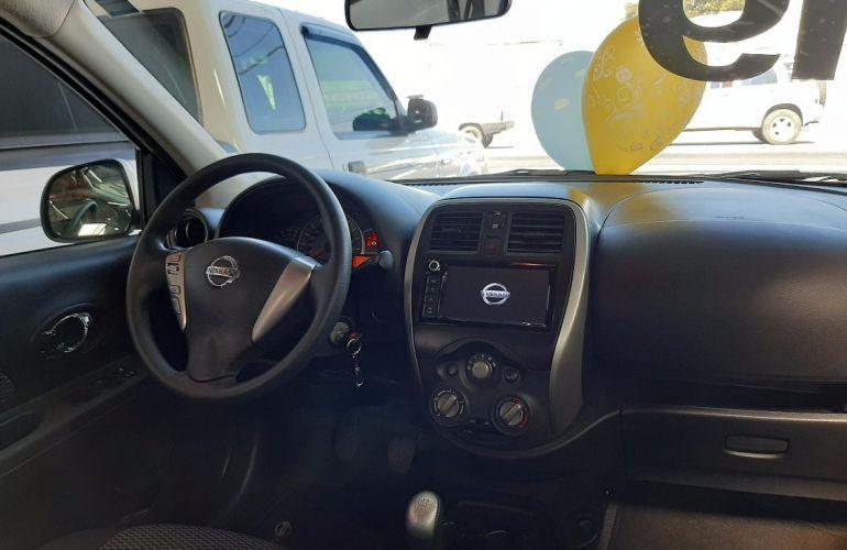 Nissan March 1.6 SV 16V Flexstart - Foto #2