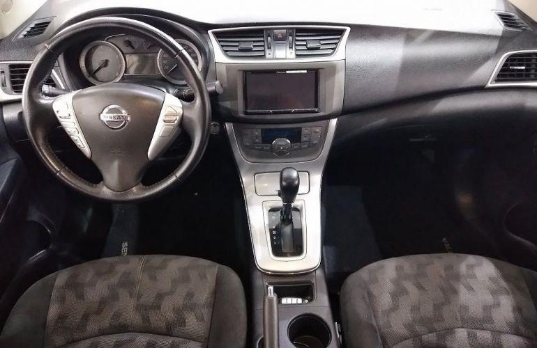 Nissan Sentra 2.0 SV 16v - Foto #8