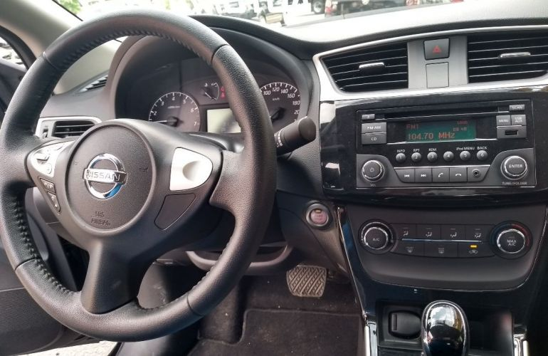 Nissan Sentra 2.0 S 16v - Foto #10