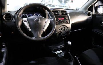 Nissan Versa 1.6 SL 16v - Foto #5