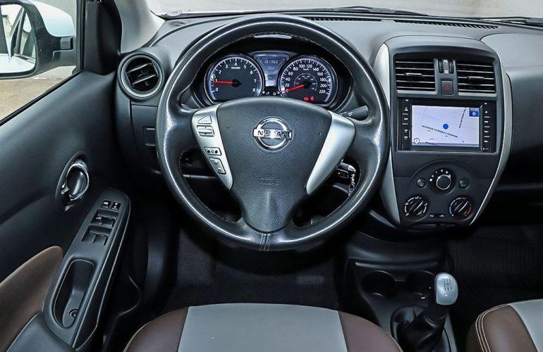 Nissan Versa 1.6 SV 16v - Foto #7