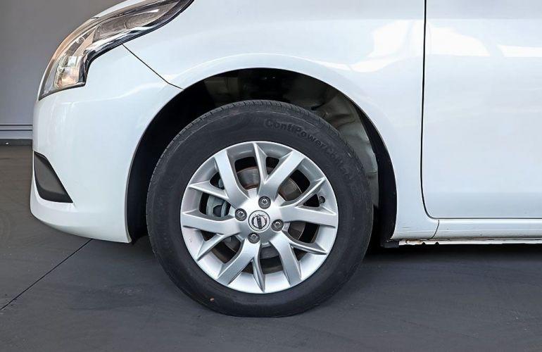 Nissan Versa 1.6 SV 16v - Foto #9