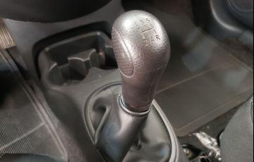 Nissan Versa 1.0 12v - Foto #4