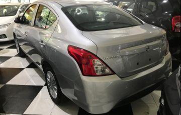 Nissan Versa 1.0 Conforto 12v - Foto #4