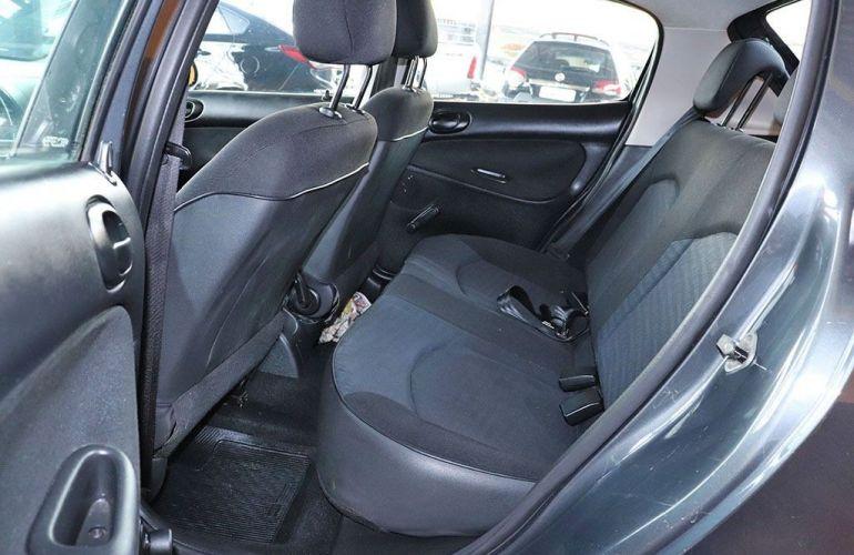 Peugeot 207 1.4 X-line 8v - Foto #6