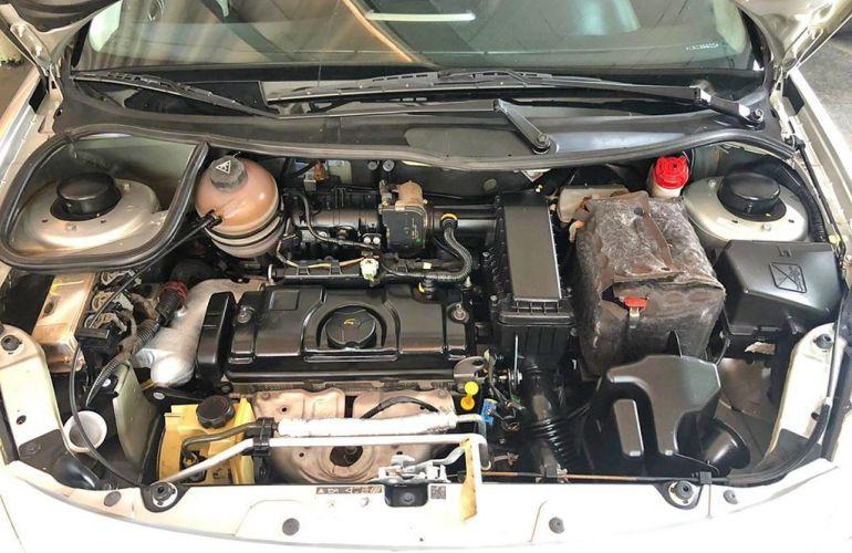 Peugeot 207 1.4 Active 8v - Foto #10