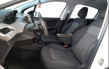 Peugeot 208 1.6 Allure 16v - Foto #8