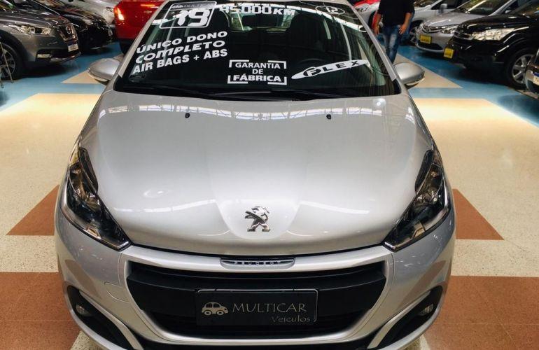 Peugeot 208 1.2 Active Pack 12v - Foto #1
