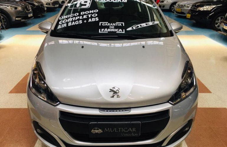 Peugeot 208 1.2 Active Pack 12v - Foto #6