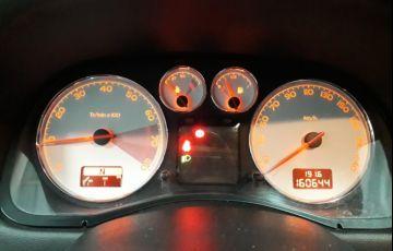 Peugeot 307 2.0 Feline Sedan 16v - Foto #7