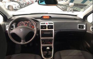Peugeot 307 1.6 Presence Pack Sedan 16v - Foto #6