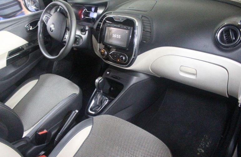 Renault Captur 2.0 16V Intense - Foto #6