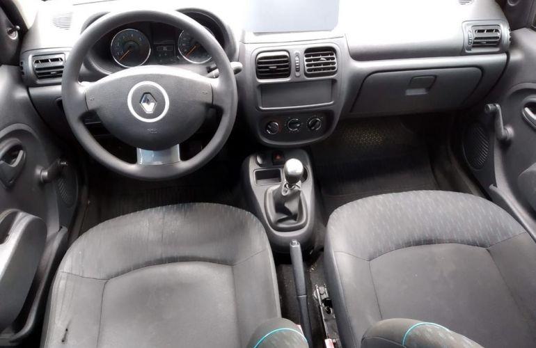 Renault Clio 1.0 Expression 16v - Foto #7