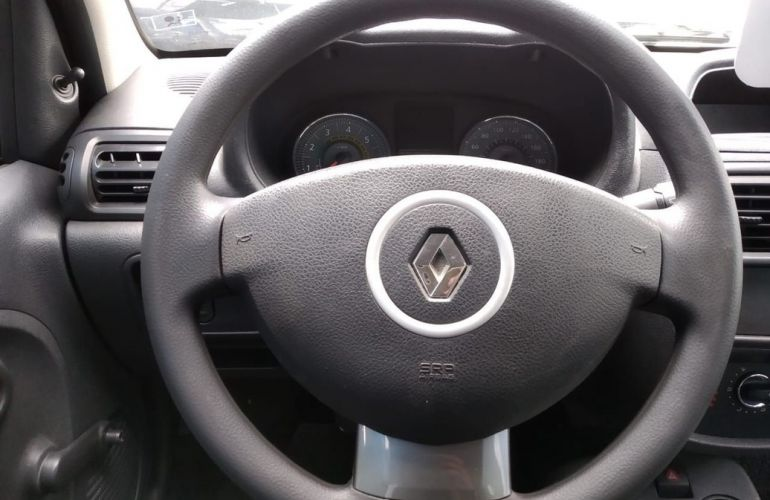 Renault Clio 1.0 Expression 16v - Foto #10