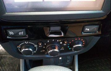 Renault Duster 2.0 Dynamique 4x2 16v - Foto #4