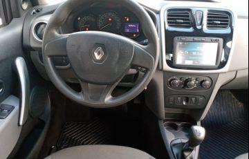 Renault Logan 1.6 Expression 8v - Foto #5