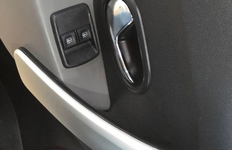 Renault Logan 1.6 16V Sce Expression - Foto #10