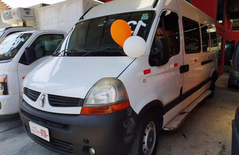 Renault Master 2.5 DCi Minibus L3h2 16 Lugares 16v - Foto #1