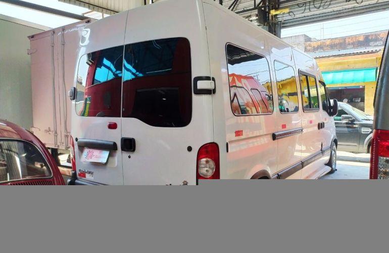 Renault Master 2.5 DCi Minibus L3h2 16 Lugares 16v - Foto #6