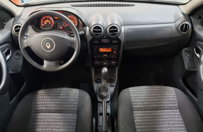 Renault Sandero 1.6 Expression 8v - Foto #10