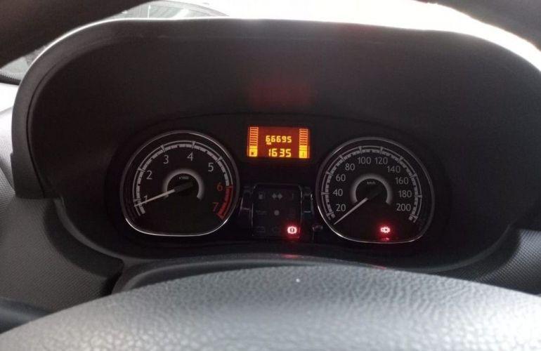 Renault Sandero 1.6 Expression 8v - Foto #7