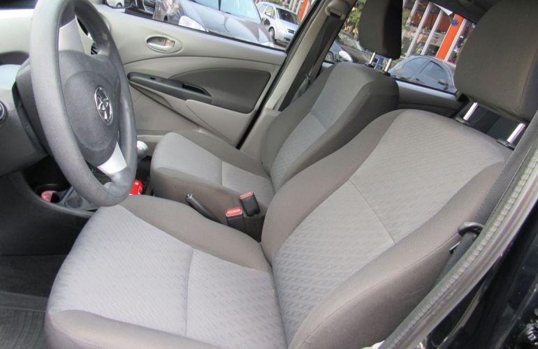 Toyota Etios 1.5 Xls 16v - Foto #9