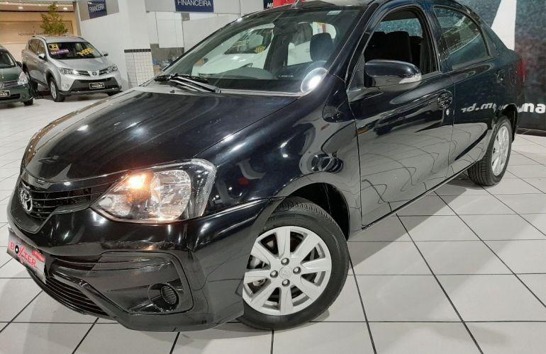 Toyota Etios 1.5 X Plus Sedan 16v - Foto #1
