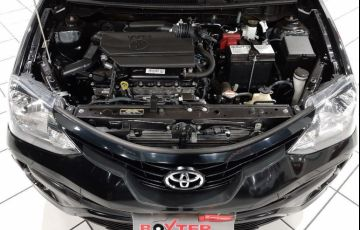 Toyota Etios 1.5 X Plus Sedan 16v - Foto #6