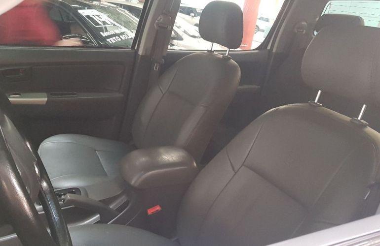 Toyota Hilux 3.0 Sr 4x4 CD 16V Turbo Intercooler - Foto #5