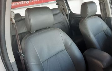 Toyota Hilux 3.0 Srv 4x4 CD 16V Turbo Intercooler - Foto #3