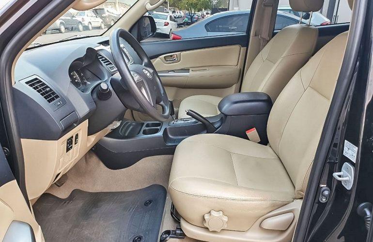 Toyota Hilux Sw4 2.7 Sr 7 Lugares 4x2 16v - Foto #4