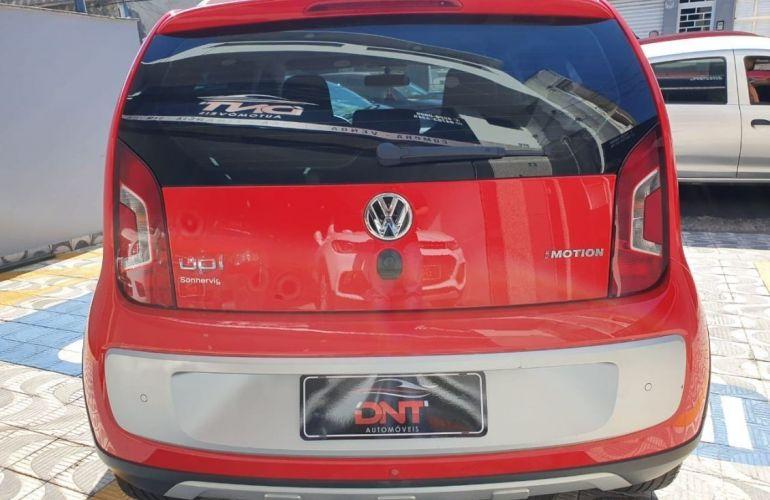Volkswagen Cross Up 1.0 MPi 12v - Foto #4