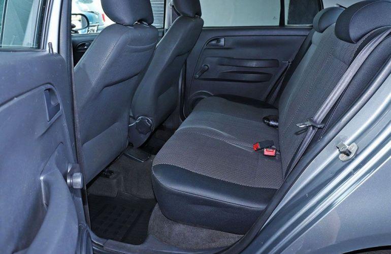 Volkswagen Fox 1.0 Mi City 8v - Foto #7
